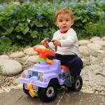 Самые удачные кадры для портфолио ребёнка получаются на улице или дома