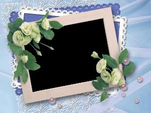 Рамки для фотошопа бесплатно скачать. Стильно и красиво. Белые цветы по углам придадут нежности и свежести.