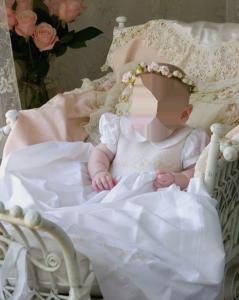Детские шаблоны для фотошопа - 68. Юная принцесса в белоснежном шикарном платье укладывается спать.