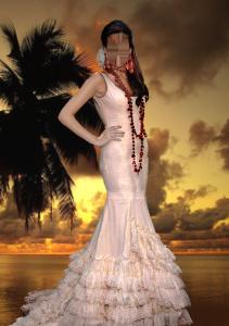 Женские шаблоны и костюмы для фотошопа - 128. Красотка в роскошном вечернем платье на фоне заката