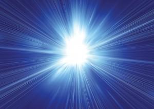 Фон для фотошопа - 176. Яркое белое свечение в синем небе.