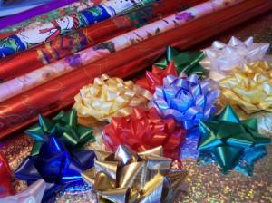 Фон для фотошопа - 24. Подарочная упаковка, ленты, банты, бумага.