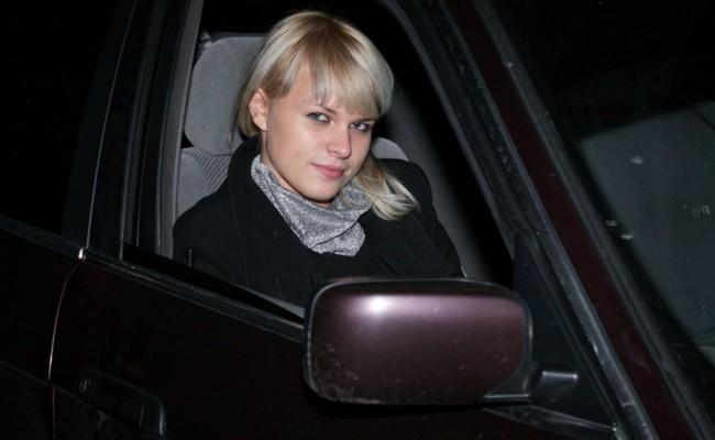 И кто сказал, что блондинка за рулем это плохо?